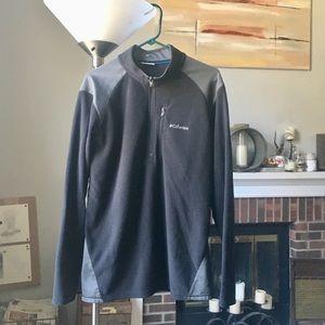 Columbia Men's quarter zip fleece